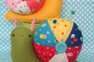 Sheldon Pin Cushion Creative Card  TB720