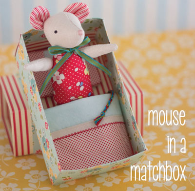 Mouse in a Matchbox MB051