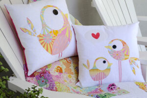Pip & Ellie Cushion CT012