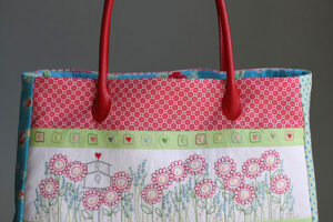 Pattern Hearts & Happy Flowers bag