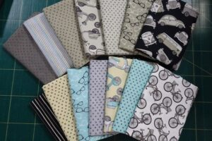 Hipster On the Go  Fat Quarter Bundle 1.